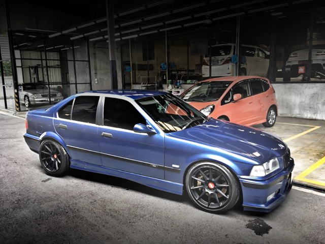 E36 BMW 3-SERIES SIDE