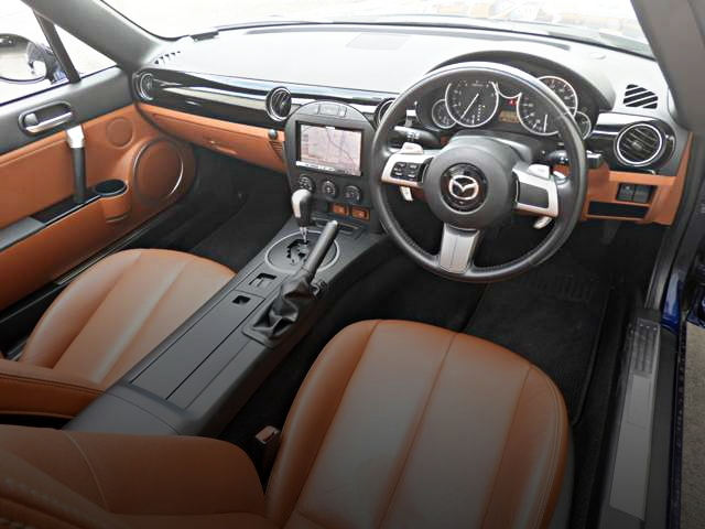 NC ROADSTER INTERIOR