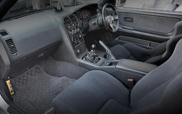 R33GTR INTERIOR