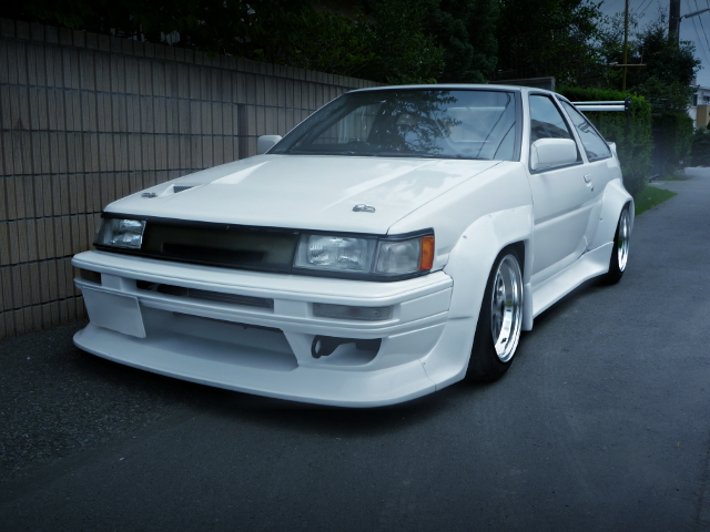 FRONT EXTERIOR AE86 LEVIN