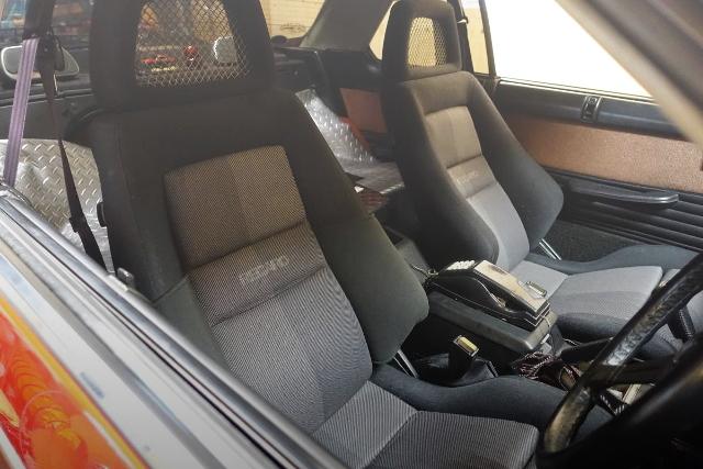 SEAT DR30 SKYLINE