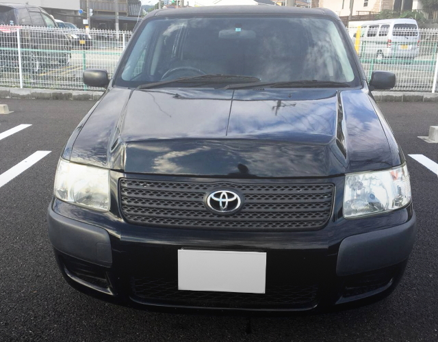 FRONT EXTERIOR TOYOTA SUCCEED