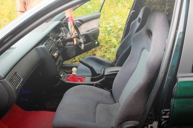 INTERIOR R32 SEAT