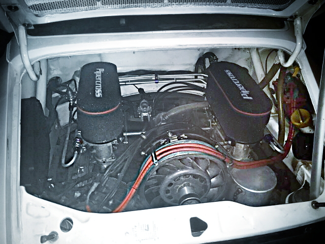3.8L FLAT-SIX ENGINE WITH ITB