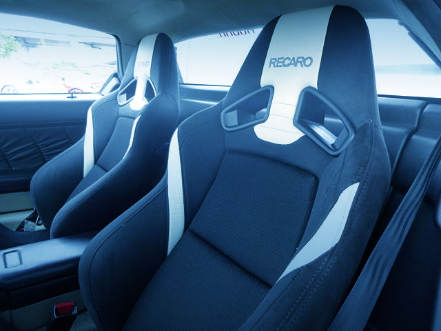 RECARO SEMI-BUCKET SEAT