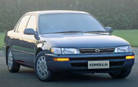 TOYOTA E100 COROLLA 4-DOOR SEDAN PICTURE