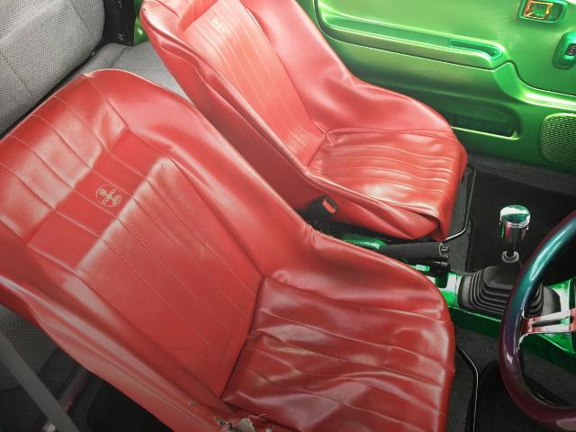COBRA BUCKET SEAT RED COLOR