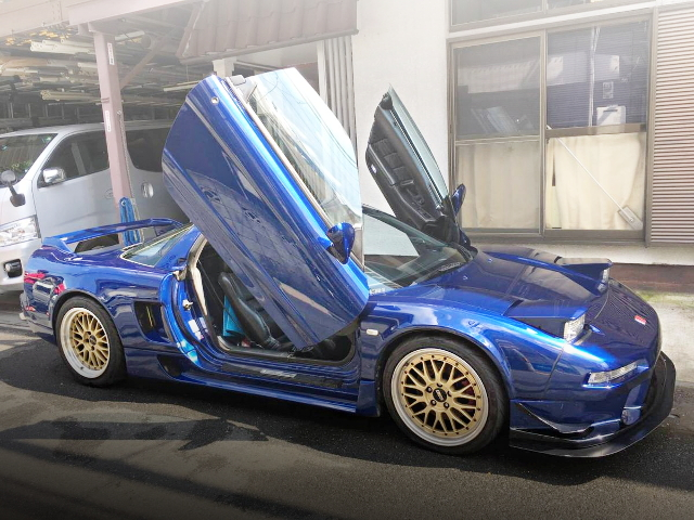 SIDE EXTERIOR NA1 NSX BLUE
