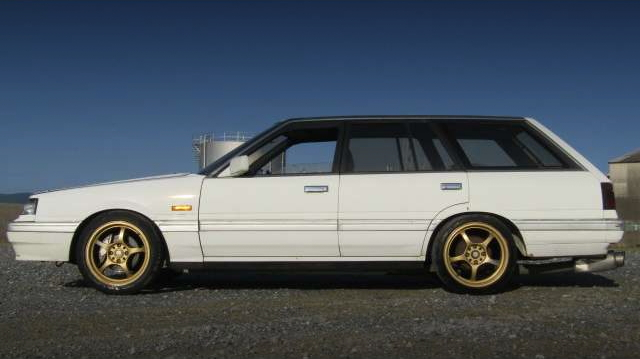 EXTERIOR SIDE R31 SKYLINE WAGON