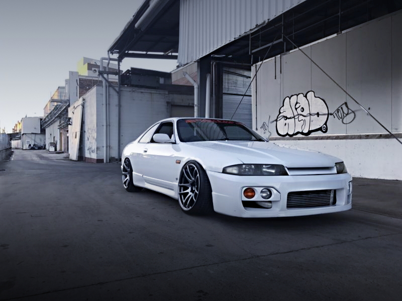 FRONT EXTERIOR R33 SKYLINE 2-DOOR COUPE