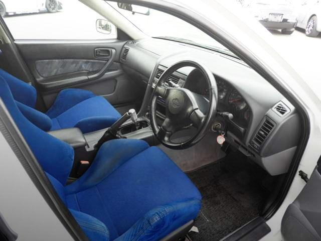 INTERIOR RECARO SEMI-BUCKET SEAT FOR R34 SKYLINE 4-DOOR