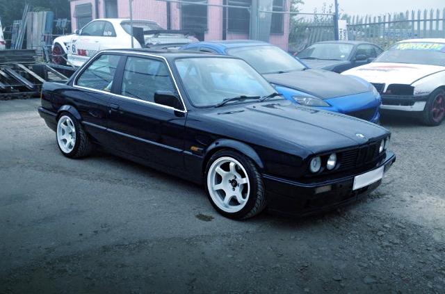 FRONT EXTERIOR E30 BMW 3-SERIES