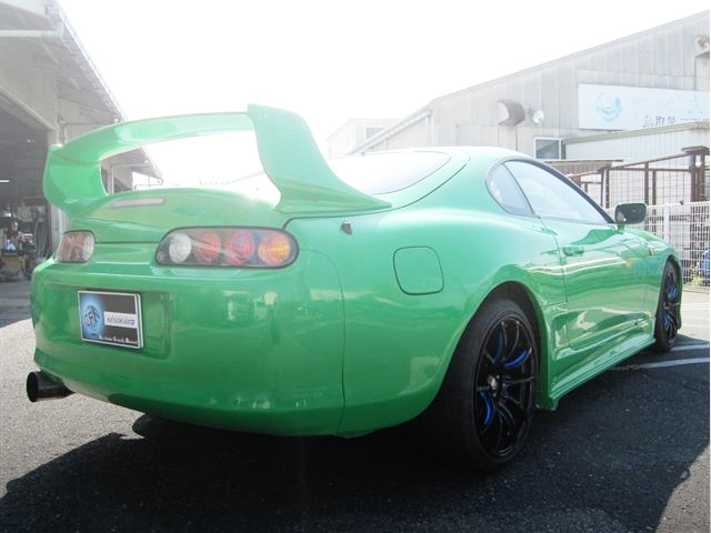 REAR EXTERIOR GREEN COLOR JZA80 SUPRA