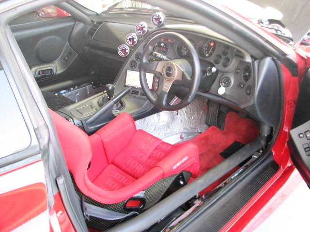 INTERIOR ROLLBAR AND STEERING