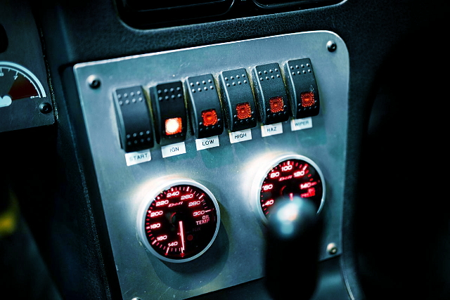 METER SWITCH CENTER CONSOLE