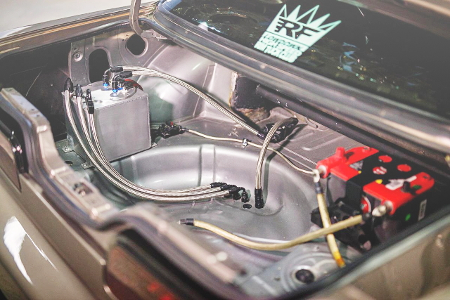 FUEL SYSTEM AND BATTERY