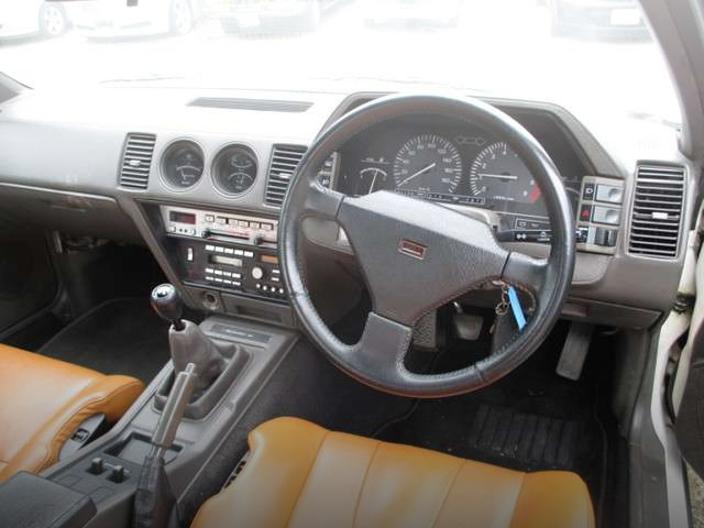 INTERIOR DASHBOARD FOR Z31