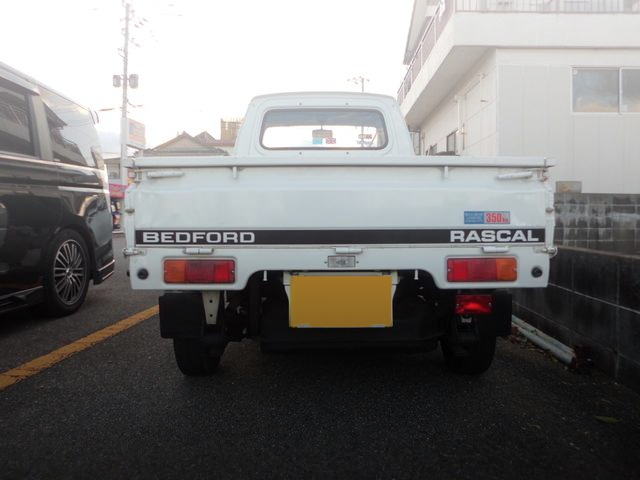 BACK EXTERIOR SUZUKI CARRY TRUCK