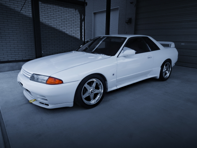 FRONT EXTERIOR R32 SKYLINE GT-R WHITE COLORING