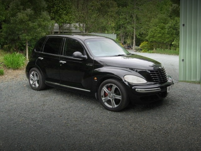 FRONT EXTERIOR CHRYSLER PT CRUISER REPLICA