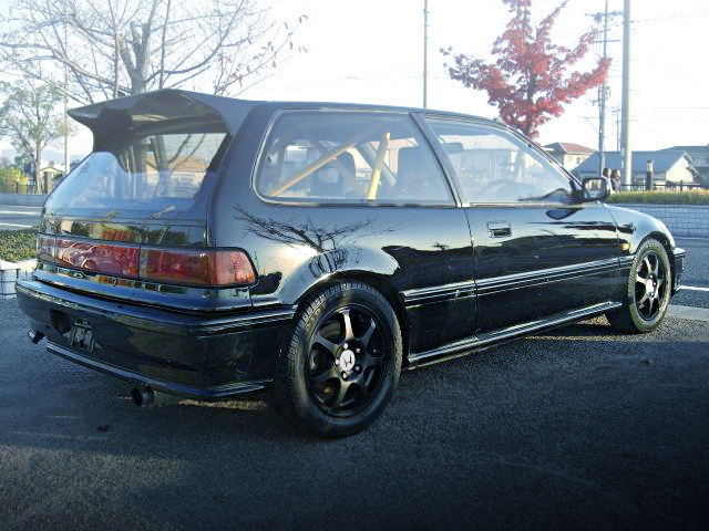 REAR EXTERIOR EF9 CIVIC SIR2