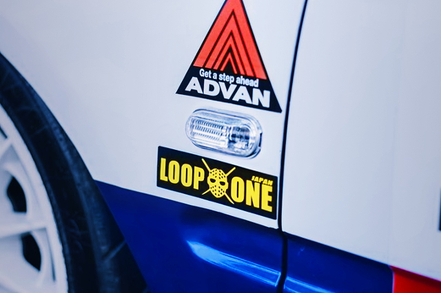 ADVAN AND LOOP-ONE STICKER