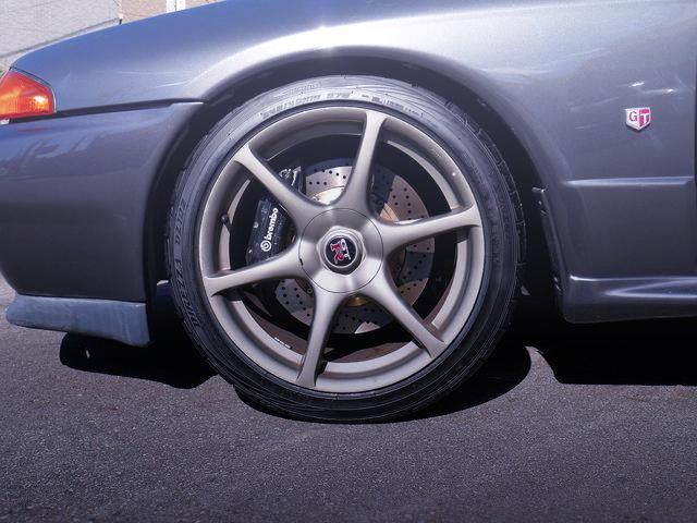 FRONT BREMBO BRAKE CALIPER FOR R32 GT-R
