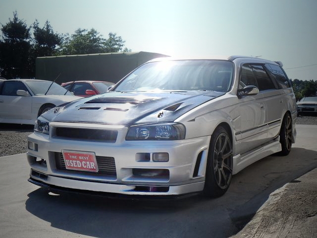 EXTERIOR R34 GT-R FACE OF WC34 STAGEA