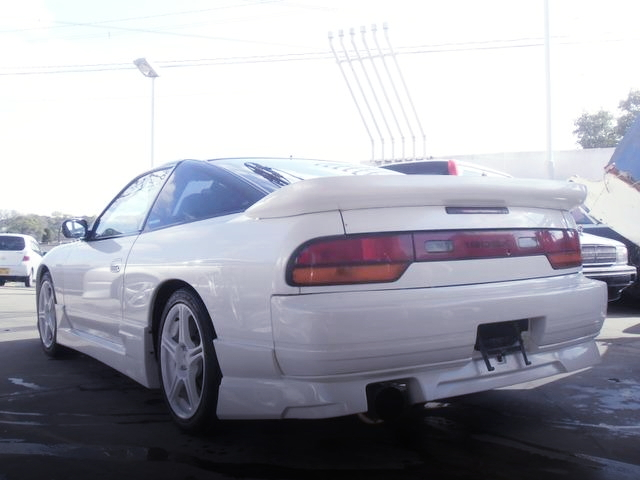 REAR EXTERIOR 180SX WHITE COLORING