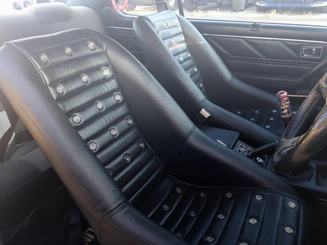BUCKET SEAT