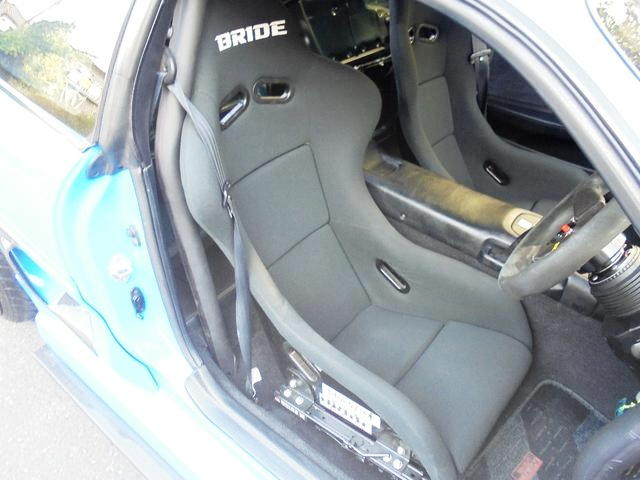 BRIDE FULL-BUCKET SEAT