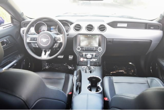 INTERIOR DASHBOARD 7th MUSTANG