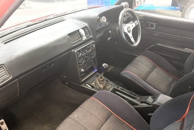 INTERIOR AA63 CARINA 4-DOOR GT-R