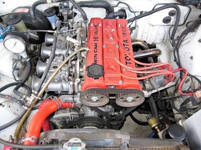 4AG ENGINE WITH SOLEX CARBURETOR