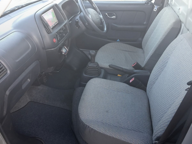 INTERIOR SEAT AND DASHBOARD