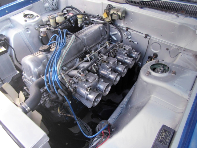 L28 ENGINE CARBURETOR