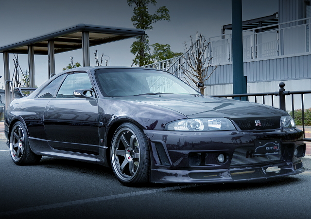 FRONT EXTERIOR R33 SKYLINE GT-R