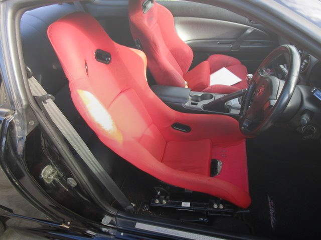 INTERIOR BUCKET SEATS