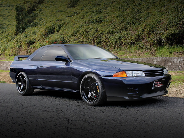 FRONT EXTERIOR S-AND-S LIMITED R32 GT-R