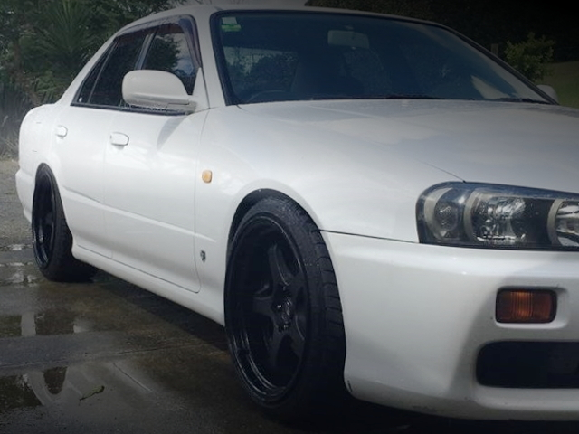 FRONT SIDE FENDER R34 SKYLINE 4-DOOR