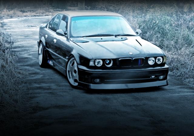 FRONT EXTERIOR E34 BMW 5-SERIES GUNMETALLIC