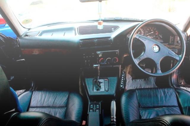 INTERIOR E34 BMW 5-SERIES