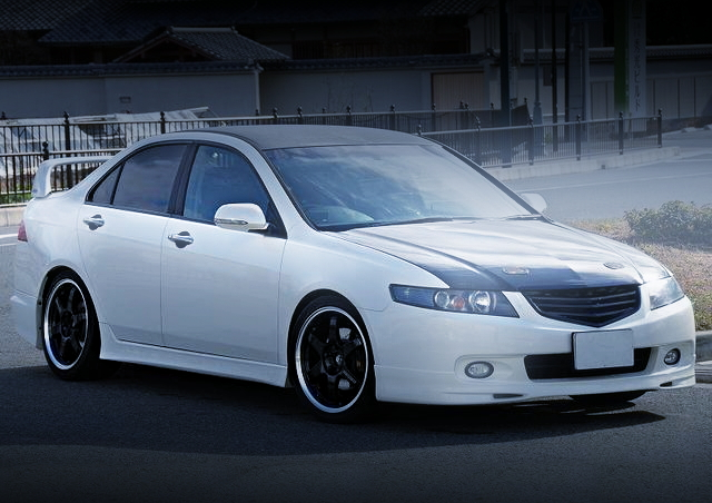 FRONT EXTERIOR CL7 ACCORD EURO-R
