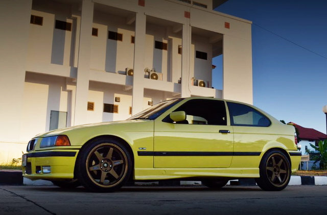 FRONT EXTERIOR E36 BMW 3-SERIES COMPACT