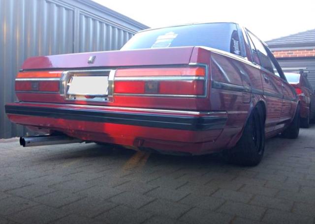 REAR EXTERIOR GX71 CRESTA RED