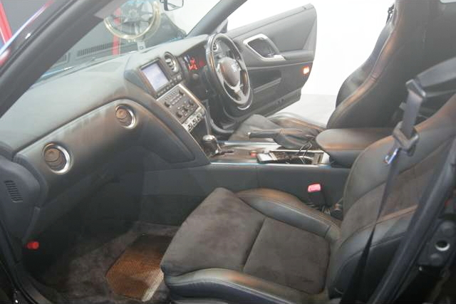 INTERIOR R35 GT-R