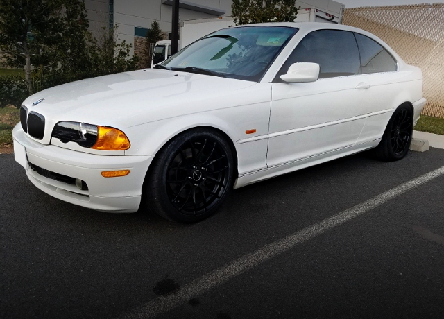 FRONT EXTERIOR E46 BMW 323Ci 2-DOOR COUPE