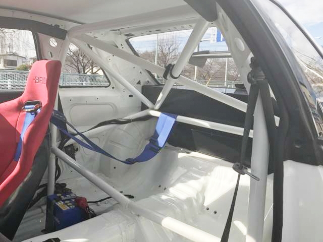 REAR INTERIOR ROLLCAGE