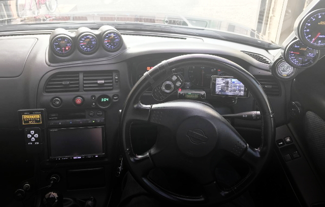 INTERIOR33GTR DASHBOARD