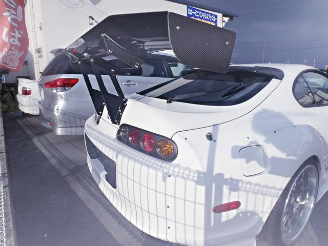 REAR EXTERIOR GT-WING JZA80 SUPRA